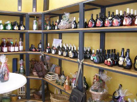 Verkaufsraum-weingalerie-2 in Weinatelier
