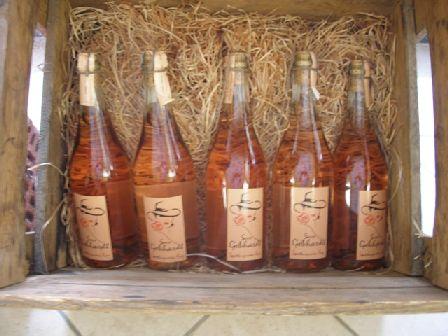 Wein-angebote-korb in Weinatelier
